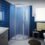 Фото: Матовое стекло более практично, на нём не так заметны разводы от воды