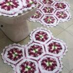 Фото: Кружевные коврики для ванной