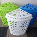 Фото: Пластиковая угловая корзина для белья