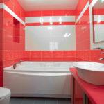 Фото: Большая ванная комната в розовом цвете