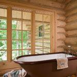 Фото: Коричневая ванная в деревенском стиле