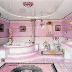 Красивая розовая ванная